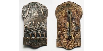 """In memoriam 1914-1917"" propaganda jelvény"
