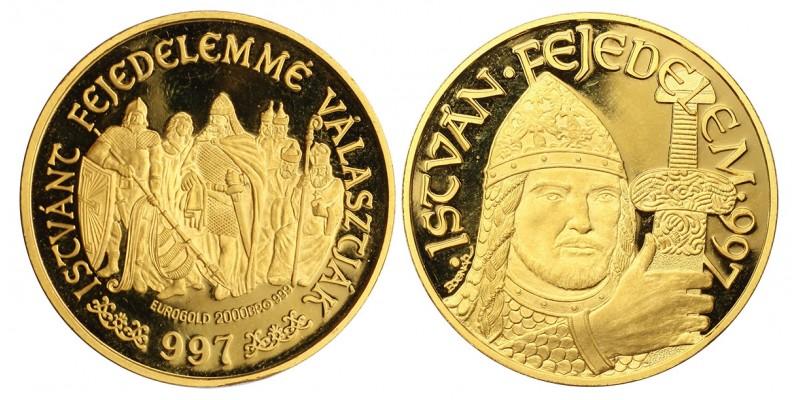 István fejedelem 997 arany érem
