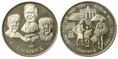 A Berlini Fal leomlása ezüst érem 1989