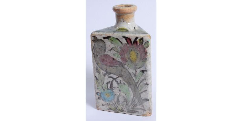 Perzsa iznik stílusú kerámia palack 19. század